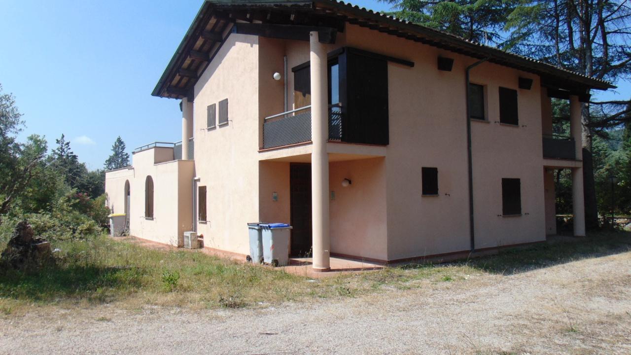 cerca Perugia  San Marco VILLA VENDITA